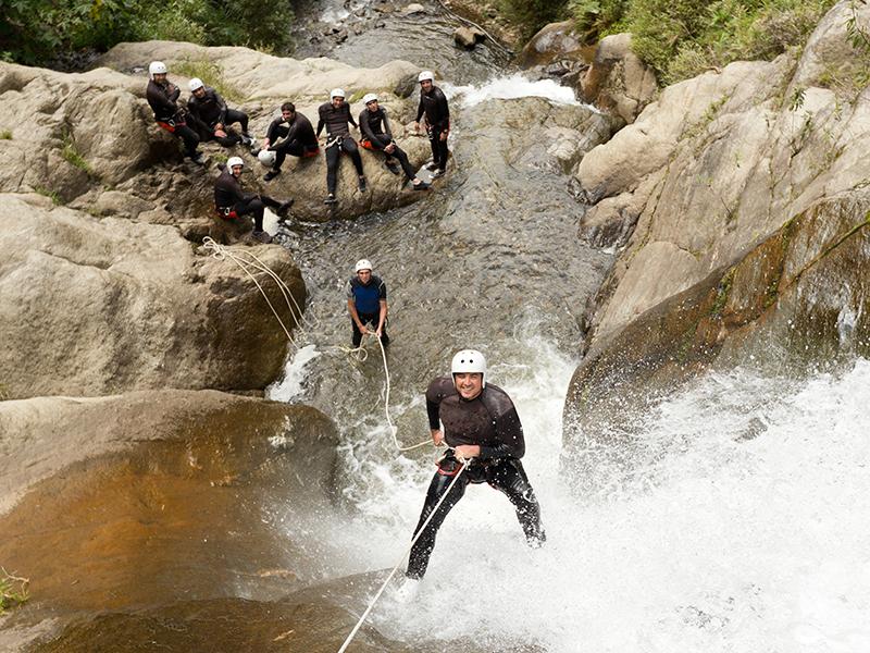 bureau-guides-meribel-canyoning-summer-ete-activites