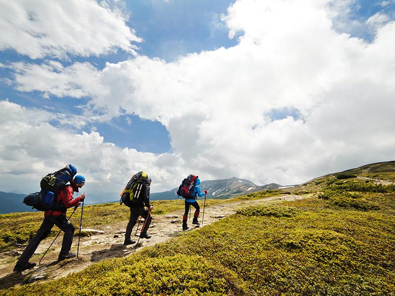 bureau-guides-meribel-3vallees-randonne-summer-ete